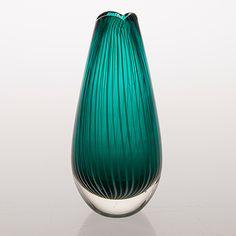"NANNY STILL - Glass vase ""Vuokko"" for Riihimäen Lasi Oy in the 1950's, Finland. [h. 17 cm]"