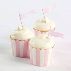 Cupcake Toppers (pack of 25)-Pink Flag (available in other colors) | #exclusivelyweddings | #pinkwedding
