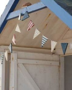 seaside wooden flag bunting. Bob could sell these!