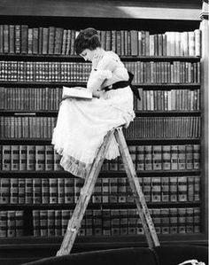 Bluestocking Books store photo