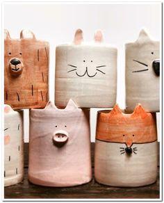 Ceramics Projects, Clay Projects, Clay Crafts, Slab Pottery, Ceramic Pottery, Pottery Art, Pottery Painting, Cerámica Ideas, Keramik Design