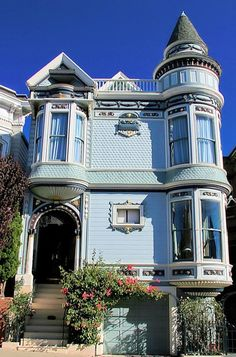 1916 Broderick Street, San Francisco, CA Victorian Style Homes, Edwardian House, Victorian Decor, Victorian Architecture, Amazing Architecture, Classical Architecture, Beautiful Buildings, Beautiful Homes, San Francisco Houses