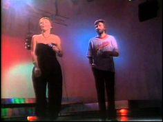 Grażyna Łobaszewska i Piotr Szultz - Autostrada do nieba (1984) https://www.youtube.com/watch?v=xrCedTv-tf4