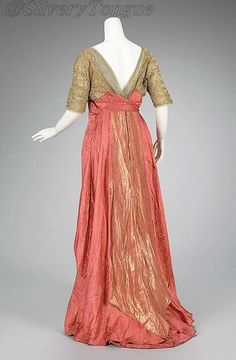 Back Evening dress, 1911-13 NYC, the Met Museum.