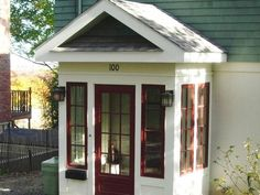 Benefits of Having Enclosed Front Porch : Fancy Small Enclosed Front Porch Decoration Using Single Maroon Glass Panel Front Door Including Vintage Post Lantern Front Porch Wall Sconces And White Front Porch Wall Paint Small Enclosed Porch, Screened In Porch Diy, Screened Porch Decorating, Screened Porch Designs, Small Front Porches, Deck Decorating, Porch Kits, Porch Ideas, Patio Ideas