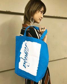 ①前回のワンマンライブにて新しく販売した「Ayasa グランジロゴトートバッグ」のニューカラーバージョン✨  ◆「Ayasa グランジロゴトートバッグ」 (レッド×ブラック) (ブルー×ホワイト)  ¥2,000-