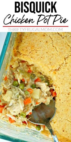 Bisquick Chicken Pot Pie- this easy recipe combines all the classic flavors of chicken pot pie into a simple casserole that is quick to make and so delicious. Such a comforting family dinner! #thriftyfrugalmom #bisquickdinner #chickenpotpie Chicken Pot Pie Recipe With Bisquick, Easy Chicken Pot Pie, Chicken And Biscuits, Best Chicken Recipes, Supper Recipes, Easy Dinner Recipes, Easy Meals, Delicious Recipes, Slow Cooked Chicken