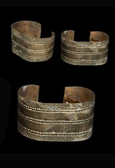 Djibouti | Pair of woman's bracelets (dubdub) from the Somali people of Djibouti Department |  Copper alloy: