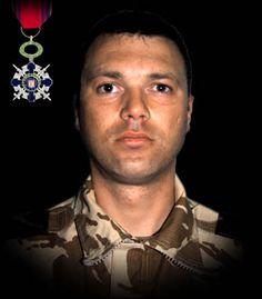 """Sublocotenentul (pm) Claudiu Chira 26 februarie 2009  Sublocotenentul (pm) Claudiu Chira a căzut la datorie într-o misiune de patrulare pe Autostrada A1 (Qalat-Kabul) din Afganistan. Autovehiculul de tip HUMVEE, în care se afla, a trecut peste un dispozitiv improvizat. A fost decorat cu Ordinul Naţional """"Steaua României"""" în grad de Cavaler, pentru militari, cu însemn de razboi."""