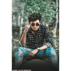 Jubin Shah, Ootd Fashion, Fashion Photography, Comic Books, Men Casual, Hairstyles, Boys, Mens Tops, Fashion Design