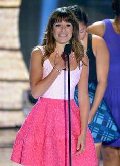 Crying Lea Michele Dedicates Teen Choice Award 2013 To Cory Monteith   Celebs Life - Celebrity & Entertainment n News