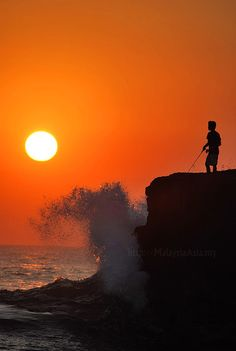 Tanah Lot Sunset in Bali Picture - Malaysia Asia