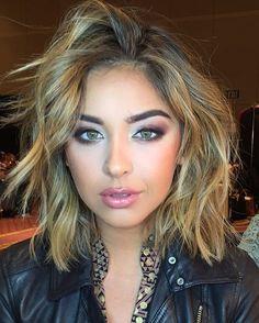 Nadia Mejia make up