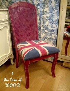 Learn how to use paint to add this Union Jack design to fabric.