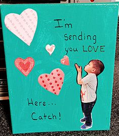 Kid's Crafts - Personalized Painted Wall Art for Mom Great Gifts For Mom, Perfect Gift For Mom, Craft Projects For Kids, Arts And Crafts Projects, Jade Green Color, White Canvas Art, Acrylic Craft Paint, Paper Hearts, Art Boards