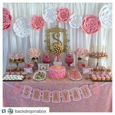 #TBT to that time one of my client set up this breath taking dessert table and with my paper flowers  #paperflower #paperflowers #paper #eventplanner #partydecor #love #backdropinabox #pretty #sweet
