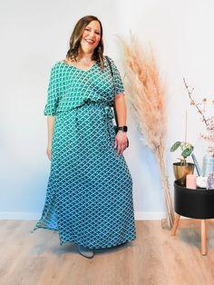Jurk Amali Japanese Sustainable Clothes, Short Sleeve Dresses, Dresses With Sleeves, Pantone, Cold Shoulder Dress, Japanese, Casual, Fashion, Moda