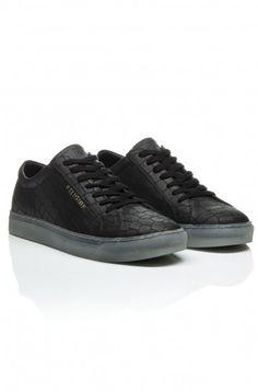 https://religionclothing.com/croc-black-shoes.html