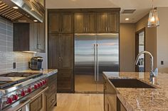 Lane Myers Construction Utah Custom Home Builders Promontory Community Park City Utah Luxury Custom Homes #customhomebuilder #lanemyers #lanemyersconstruction #utah #craftsman #customhomes #utahhomebuilders #utahcustomhomes #utahcustomhomebuilder #luxuryhomes #vacationhome #realestate #mountainhome #kitchen #cabinets #granite #tile
