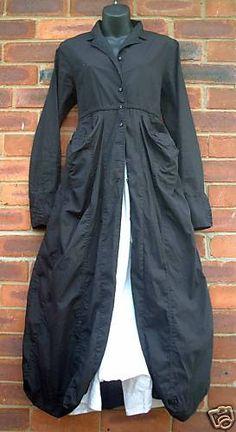 Rundholz black coat. 'Lagenlook' is a German word for layered look.