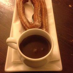 Spanische Schokolade bei #nipschocolatebar in der #bleibtreustrasse. #citywest #oomenmampft