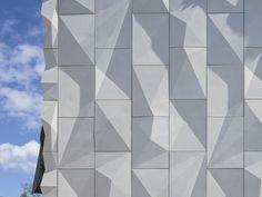 Theater-Umbau in Finnland / Entfaltet und geknittert - Architektur und Architekten - News / Meldungen / Nachrichten - BauNetz.de