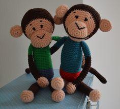 Freunde fürs Leben! Nach einer Anleitung von ChimuChimu. http://schautmal.de/affenbande/  #Häkeln #crochet #Amigurumi #Häkeltiere #Affen #Anleitung