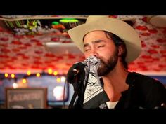 """▶ SHAKEY GRAVES - """"Dearly Departed"""" (Live at Telluride Blues & Brews 2014) #JAMINTHEVAN - YouTube"""