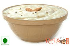 Healthy and yummy firni recipe made with rice, pista and with the flavor of kesar (saffron). Here is the recipe for Kesar Pista Firni. Veg Recipes, Indian Food Recipes, Dessert Recipes, Pakistani Desserts, Tasty, Yummy Food, Appetizers, Rice, Menu
