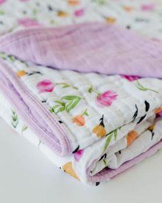 Little Unicorn Cotton Muslin Quilt - Berry & Bloom Muslin Blankets, Baby Swaddle Blankets, Muslin Fabric, Cotton Muslin, My Little Unicorn, Shabby Chic Quilts, Unicorn Ornaments, Quilt Binding, Cotton Quilts