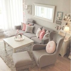 Pretty pretty grey & pink living room
