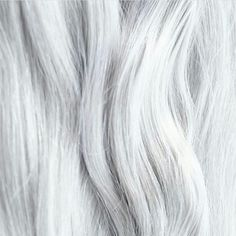 <img> Close-up white hair - White Hair Anime Guy, White Hair Men, Short White Hair, White Hair Highlights, Trigger Happy Havoc, Final Fantasy Xiv, Princess Of Power, Character Aesthetic, White Aesthetic
