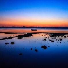 Photo Traveller from Greece (@photo.traveller.gr) • Φωτογραφίες και βίντεο στο Instagram Greek, Celestial, Sunset, Beach, Water, Outdoor, Instagram, Sunsets, Gripe Water