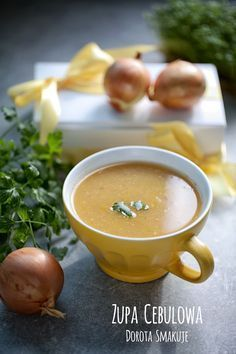 Zupa cebulowa - dieta dr D? Soup Recipes, Vegan Recipes, Cooking Recipes, Clean Eating, Healthy Eating, Special Recipes, Food Allergies, Food Design, My Favorite Food