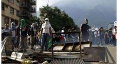 <p>El pueblo venezolano podrá denunciar las acciones que perturben la tranquilidad y la paz del país, a través de las líneas telefónicas y los correos electrónicos de Redi Capital.</p>