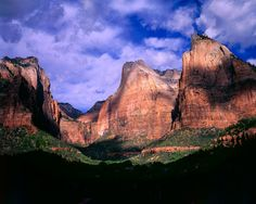 Welcome to Zion National Park & Springdale, UT