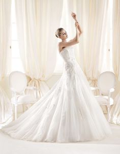 Wedding Dresses, Wedding Gowns, Bridal Gowns | EsposaGroup.com