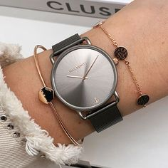 Watches, Accessories, Fashion, Classic Elegance, Bracelet Watch, Moda, Wristwatches, Fashion Styles, Clocks