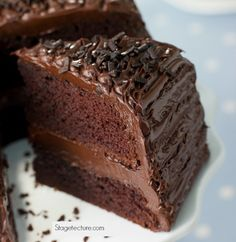 Need a yummy cake recipe? How to Make Moist Chocolate Cake from Scratch. Make this delicious chocolate cake dessert for your family this week and bring out the smiles! http://stagetecture.com/make-moist-chocolate-cake-scratch/ #chocolate #baking #cake