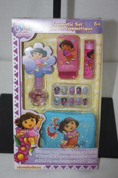 Dora  Nail Kit Nails- Lip Gloss Polish- File Bag  NEW NWT #Nickelodeon