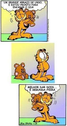 Garfield Cartoon, Garfield Comics, Funny Cartoons, Funny Comics, Frases Humor, Little Bit, Stupid Memes, Funny Moments, Wallpaper Quotes