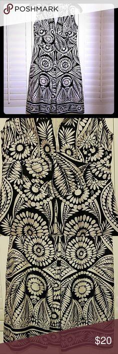 Banana Republic dress Banana Republic Silk spring and summer dress.  Beautiful black and white print with uniquely stitched waistband.  Smoke free home. Banana Republic Dresses Midi