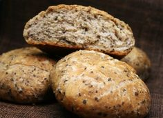 Pan de aceitunas negras para #Mycook http://www.mycook.es/cocina/receta/pan-de-aceitunas-negras
