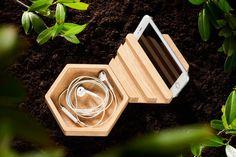 Træskål og mobilholder i egetræ