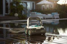 iRobot flaunts the Mirra 530 pool cleaning robot