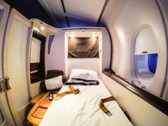 Singapore A380 Suites Class Frankfurt - New York: 1811 Euro - http://youhavebeenupgraded.boardingarea.com/2016/03/18787/