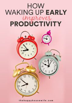 Ever wonder how some people do it all while others seem totally behind every single day.  Being productive isn't difficult but it does take some discipline. Learn how the simple act of waking up early can transform your day. #productivity