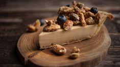 Recette: Tarte au Beurre D'érable - Circulaire en ligne Easy Desserts, Delicious Desserts, Yummy Food, Pie Dessert, Dessert Recipes, Kinds Of Pie, Canadian Food, Butter Pie, Food Obsession