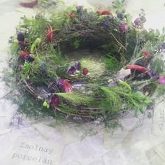 Christmas Wreaths, Floral Wreath, Holiday Decor, Garden, Plants, Home Decor, Floral Crown, Garten, Decoration Home