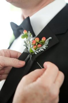 Maybe some light coral hypericum berries and dusty miller as an accent with a white flower Rustic Boutonniere, Groomsmen Boutonniere, Groom And Groomsmen, Peach Boutonniere, Prom Flowers, Wedding Flowers, Wedding Bouquet, Neutral Wedding Colors, Wedding Groom